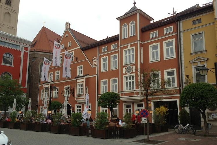 Hotel Weissbraeu De